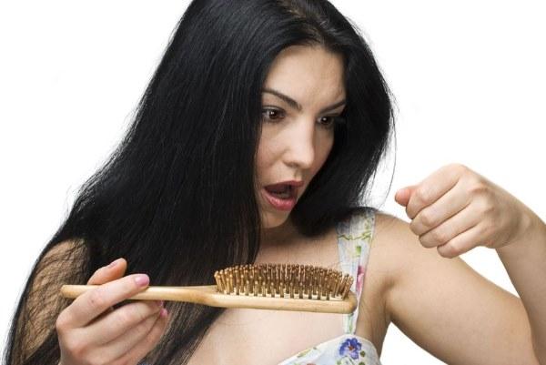 После родов выпадают волосы - что делать