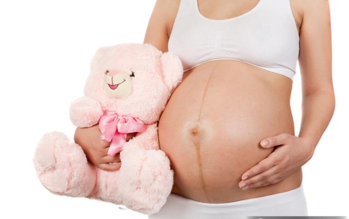 Месячные при беременности на ранних сроках – причины, как идут, как отличить о обычных
