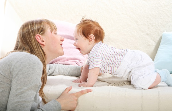 Как приучить ребенка спать в своей кроватке отдельно, всю ночь. Революционный метод доктора Эстивиля, по Споку, Комаровский