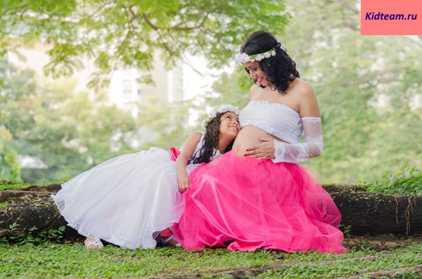 Красивые беременные девушки. Фото с мужем, парнем, ребенком, животик. Фотосессии на природе, море, идеи в домашних условиях