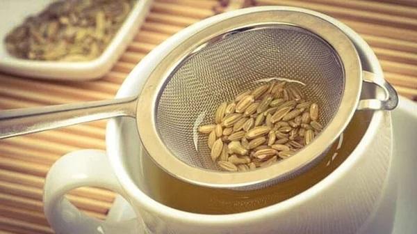 Как повысить лактацию кормящей маме: чай, таблетки Апилак, Млекоин, Млечный путь, продукты питания, витамины и травы
