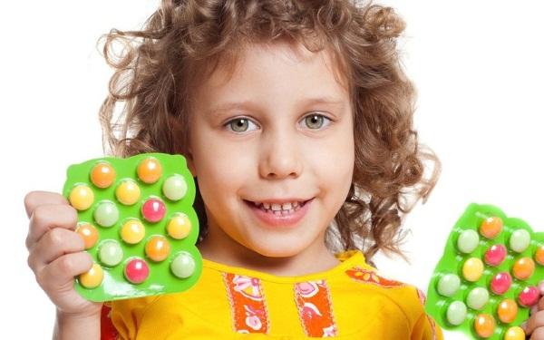 Поливитамины для детей. Какие лучше для разного возраста. Обзор лучших препаратов