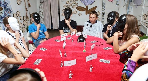 Игры для подростков: логические, подвижные, ролевые, психологические, настольные, интеллектуальные, коммуникативные для компании