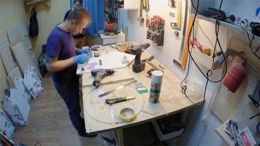 Как сделать бизиборд своими руками для мальчика, девочки. С какого возраста, мастер класс доски и домика