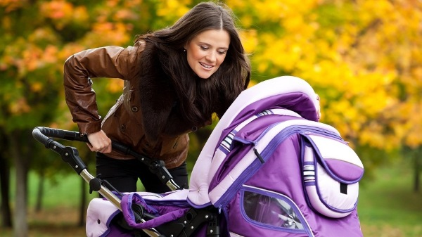 Как ухаживать за новорожденным в первые дни, месяц жизни. Купание, кормление ребенка, уход