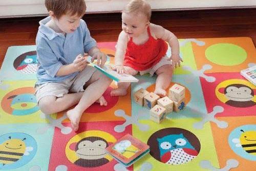 Коврик для детей: развивающий, ортопедический, массажный, гимнастический, мягкий для ползания. Какие бывают, какой выбрать