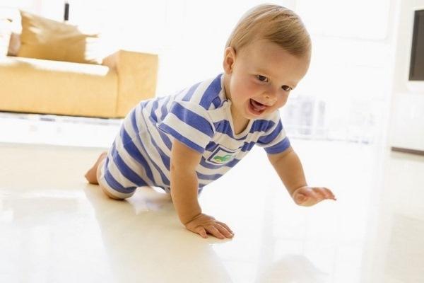 Развитие ребенка до года по месяцам. Этапы, скачки, нормы у мальчика, девочки, моторное, психологическое, эмоциональное, раннее