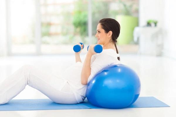 Лечебная физкультура при беременности для спины, шеи, поясницы, ног, в воде. ЛФК, упражнения, массаж