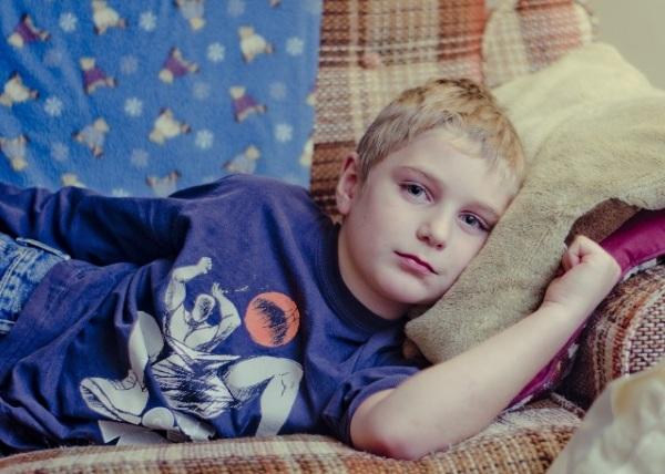 Как лечить шипицу на ступне у ребенка. Фото, причины