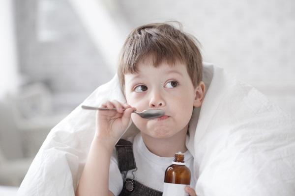 Отхаркивающие средства для выведения мокроты у детей. Список лучших, эффективные, цены