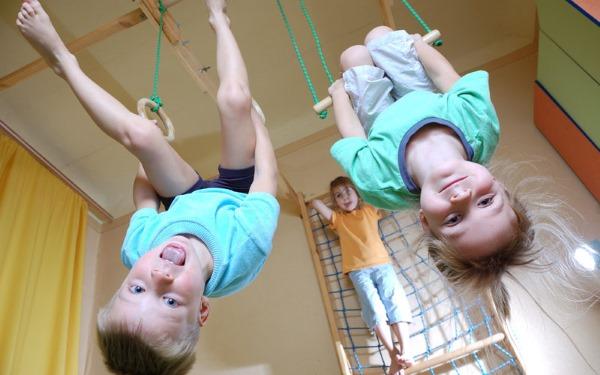 Гимнастические упражнения для детей по физкультуре. Как выполнять, техника для начинающих