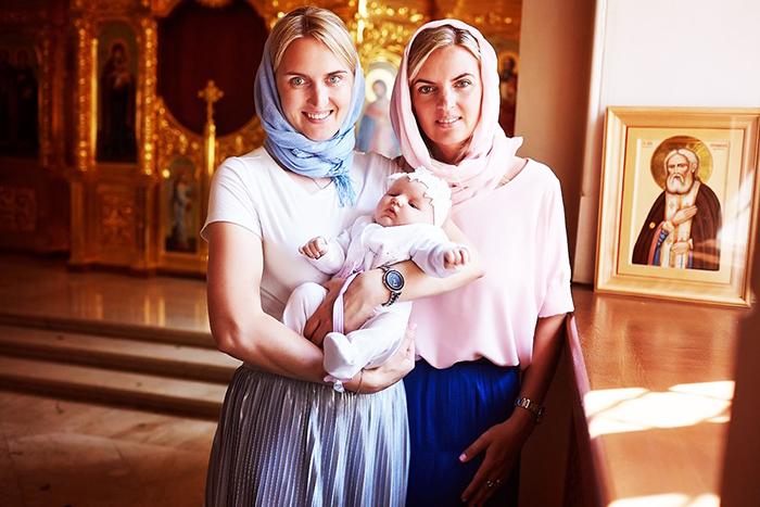 Крестная мать. Обязанности при крещении, что должна знать, делать, подготовка, молитва, поздравление