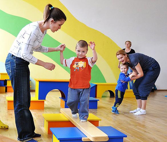 Принципы воспитания и обучения детей дошкольного возраста по ФГОС, с заиканием, нарушением слуха, ограниченными возможностями